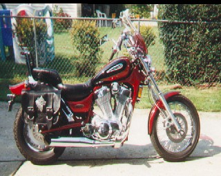 "1400cc V-twin Suzuki ""Intruder"""